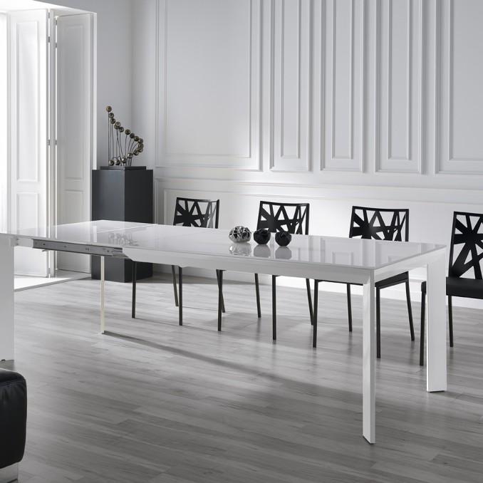 Mesa de comedor 379